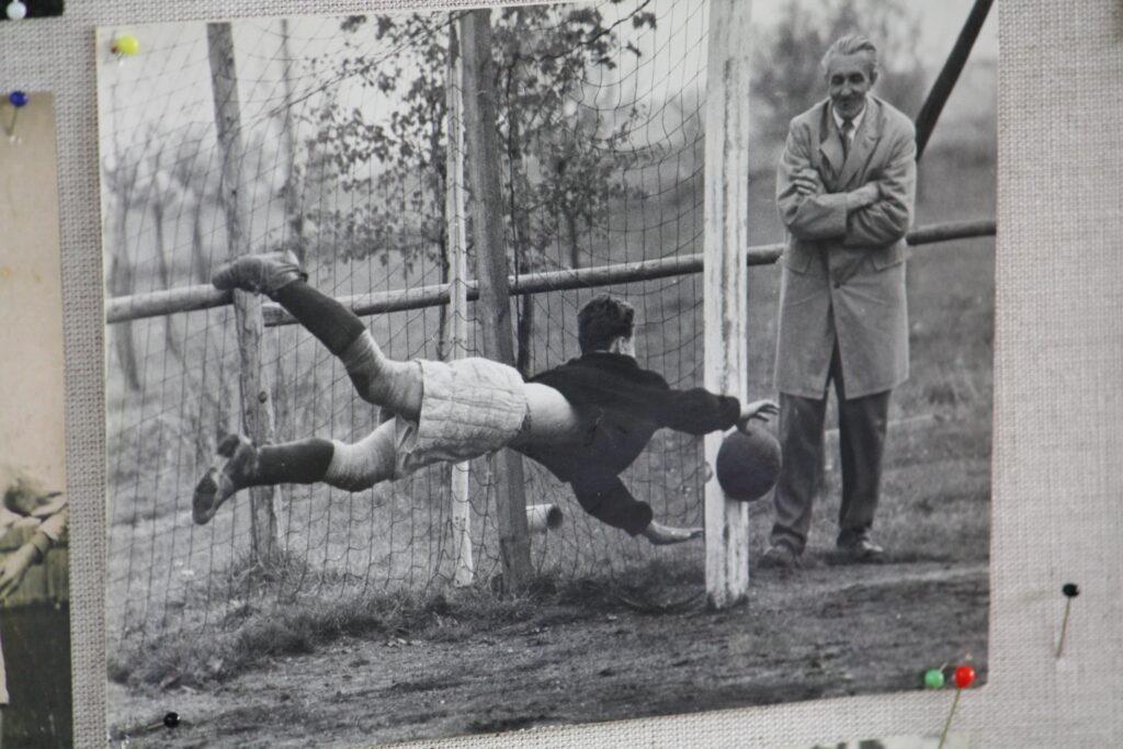 Jedna z prvních fotografií fotbalu na Rudolfově